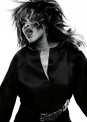 Tina Turner Unsigned Photo - 8125 - Sexy!!!!! • 2.99£