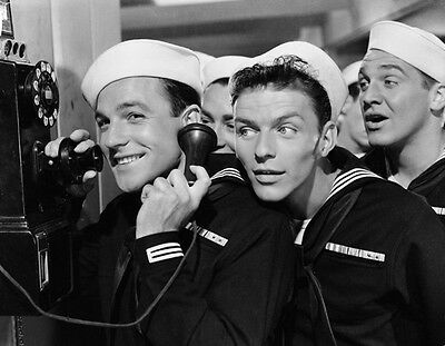 Frank Sinatra & Gene Kelly Unsigned Photo - 8420 - On The Town • 2.99£