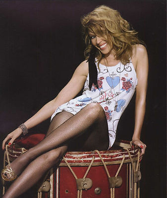 Kylie Minogue Unsigned Photo - 8257 - Gorgeous!!!!! • 2.99£