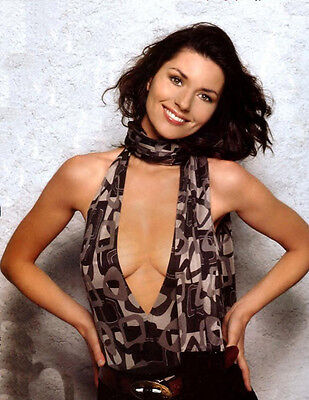 Shania Twain UNSIGNED Photograph - F650 - BEAUTIFUL!!!!! • 2.24£