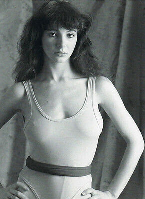 Kate Bush UNSIGNED 10  X 8  Photo - Z396 - Don't Give Up & Moments Of Pleasure • 2.99£