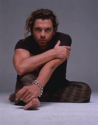 Michael Hutchence UNSIGNED 10  X 8  Photograph - K8269 - INXS - SEXY!!!! • 1.99£