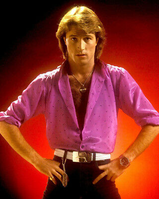 Andy Gibb UNSIGNED Photo - K9059 - British Singer And Teen Idol • 3.99£