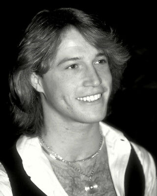 Andy Gibb UNSIGNED Photo - K9061 - SEXY!!!! • 1.99£