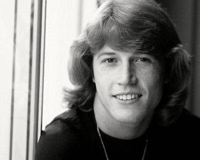 Andy Gibb UNSIGNED Photo - K9062 - SEXY!!!! • 3.99£