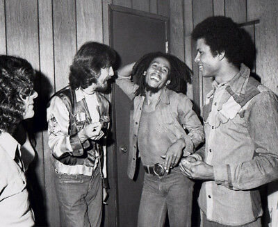 Bob Marley & George Harrison Photograph - L3908 - Backstage At The Roxy, 1975 • 3.99£