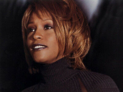 Whitney Houston UNSIGNED Photo - M2531 - American Singer And Actress - NEW IMAGE • 3.99£