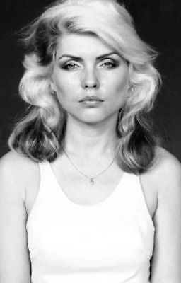 Debbie Harry UNSIGNED 6  X 4  Photograph - Blondie - 2958L • 1.50£