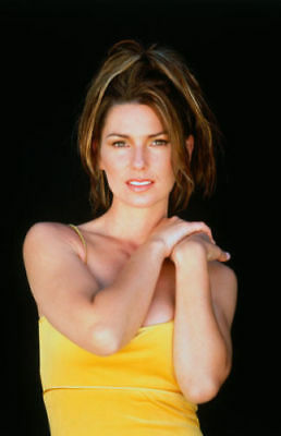 Shania Twain 6  X 4  UNSIGNED Photograph - Canadian Country Singer - 638F • 1.35£