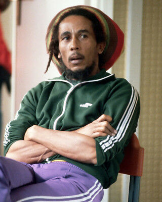Bob Marley UNSIGNED Photograph - M8434 - Jamaican Singer-songwriter - NEW IMAGE! • 2.99£