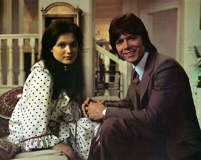 Cliff Richard And Madeline Smith UNSIGNED Photograph - M8493 - Take Me High • 2.99£