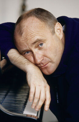 Phil Collins UNSIGNED 6  X 4  Photograph - M9595 - English Singer And Actor • 1.35£