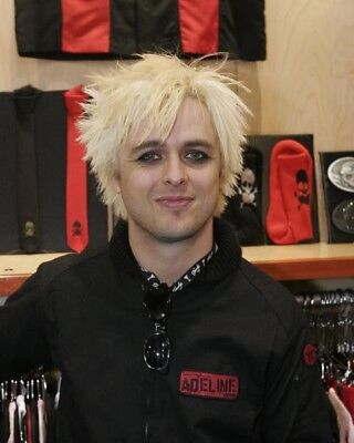Billie Joe Armstrong UNSIGNED Photo - N100 - Member Of Green Day - NEW IMAGE!!! • 2.99£