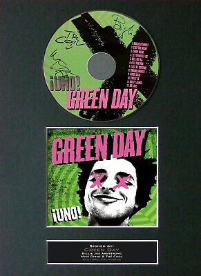 #32 GREEN DAY Uno CD Signed Reproduction Autograph Mounted A4 • 21.99£