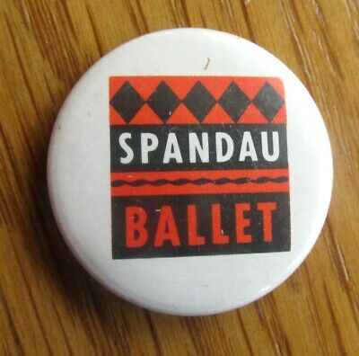 SPANDAU BALLET VINTAGE METAL PIN BADGE FROM THE 1980's POP RETRO  • 5.99£