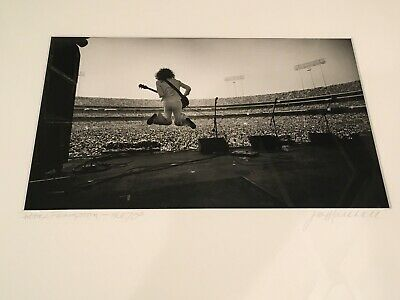 PETER FRAMPTON Oakland Green JIM MARSHALL Signed & Framed Iconic Photograph • 1,312.84£