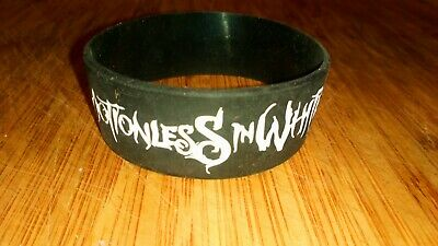 Motionless In White Rubber Wrist Band  • 5£