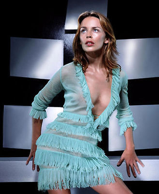 Kylie Minogue Unsigned Photo - 8207 - Gorgeous!!!!! • 2.99£