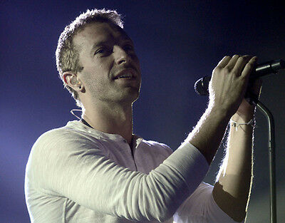 Chris Martin UNSIGNED Photo - D497 - Lead Vocalist And Pianist With Coldplay • 2.99£