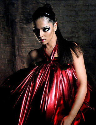 Cheryl Cole UNSIGNED Photo - E1370 - GORGEOUS!!!! • 2.99£
