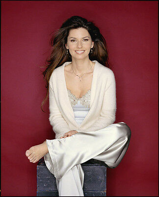 Shania Twain UNSIGNED Photo - F651 - Canadian Singer And Songwriter • 2.99£