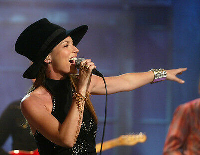 Shania Twain UNSIGNED Photo - F663 - Canadian Singer And Songwriter • 2.99£