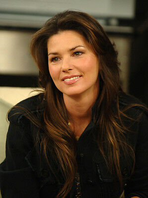 Shania Twain UNSIGNED Photograph - F664 - STUNNING!!!!! • 2.99£