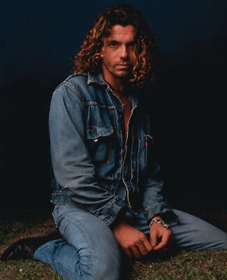 Michael Hutchence UNSIGNED 10  X 8  Photograph - K8267 - INXS • 1.99£
