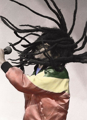 Bob Marley UNSIGNED Photograph - L3926 - In 1980 - NEW IMAGE!!!! • 3.99£