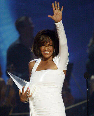 Whitney Houston UNSIGNED Photograph -M2523- American Singer & Singer - NEW IMAGE • 3.99£