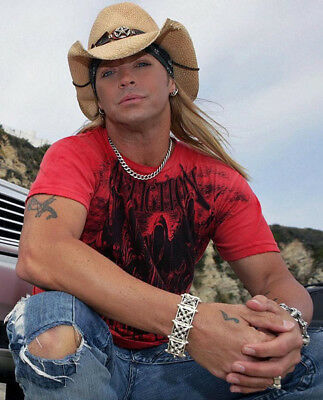 Bret Michaels UNSIGNED Photo - M6632 - Lead Singer Of Glam Metal Band Poison • 3.99£