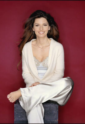 Shania Twain 6  X 4  UNSIGNED Photograph - Canadian Country Singer - 651F • 1.50£