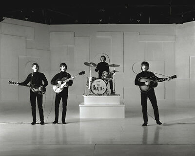 Help! UNSIGNED Photograph - N544 - The Beatles - NEW IMAGE!!! • 3.99£