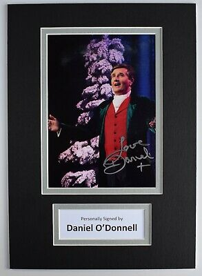 Daniel O'Donnell Signed Autograph A4 Photo Display Music Ireland AFTAL COA • 29.99£