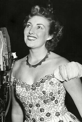 Vera Lynn 06 (film Actress Legends And Singer) Photo Prints-keyrings-mugs • 25£