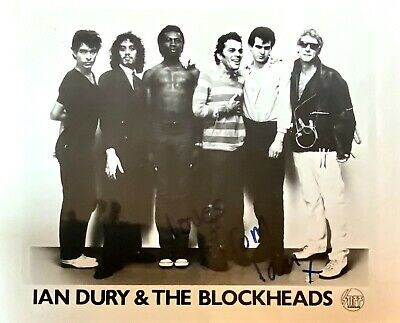 """IAN DURY & THE BLOCKHEADS-Signed Photo""""Loves From Ian"""" In Blue Ink-STIFF Records • 9.99£"""