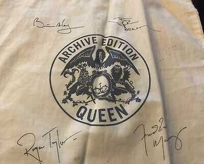 Queen Band Officlal 2011 Website Archive Edition Cream Tote Bag With Signatures • 1.20£