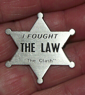 The Clash Badge Pin I Fought The Law Punk Rock Music Tour Joe Strummer Old Band • 12.50£