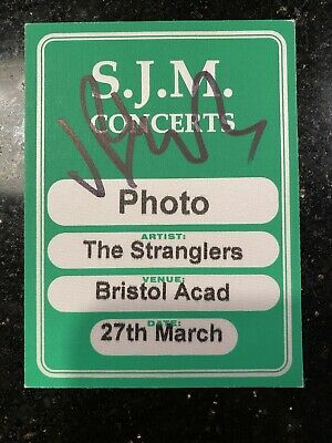 The Stranglers - Photographers Pass - Signned Jet Black • 5£