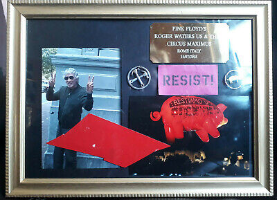 ROGER WATERS - US & THEM PIG - Framed - PINK FLOYD Memorabilia - *UK Seller* - • 22.50£