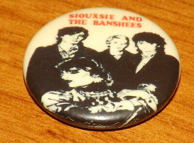 25mm BADGE PIN SIOUXSIE AND THE BANSHEES PUNK ROCK BUTTON PINBACK MUSIC OLD BAND • 1.99£