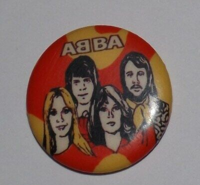 VINTAGE 25mm BADGE PIN ABBA POP ROCK MUSIC DANCE DISCO FILM MOVIE SWEDE OLD BAND • 1.99£