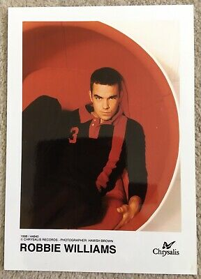 Robbie Williams Official Promotional Photo • 6£