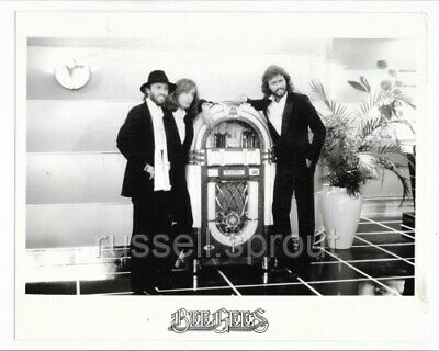 THE BEE GEES - Original 1970s Record Company Promo Photo • 5.99£