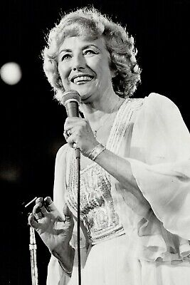 Vera Lynn 25 (film Actress Legends And Singer) Photo Prints-keyrings-mugs • 25£