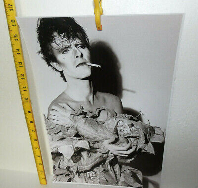 Large Photo David Bowie Making Up As A Clown (i) • 3£