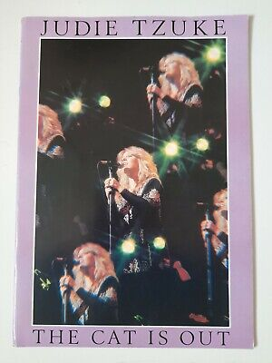 JUDIE TZUKE AUTOGRAPH THE CAT IS OUT TOUR PROGRAMME W/ TICKET 1985 80s  • 2.99£