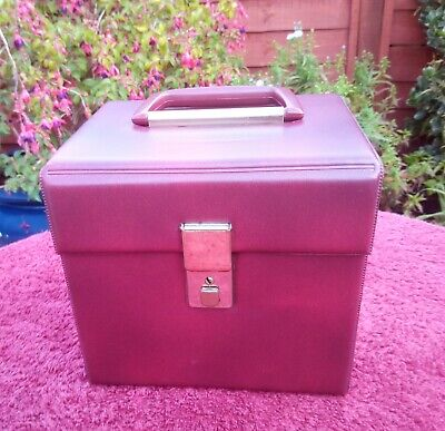 Vintage 1970s Burgundy Red Singles Record Carrying Case For 7  45 RPM Records  • 20£