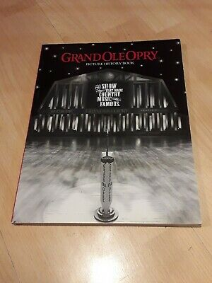Grand Ole Pry Picture History Book • 4£