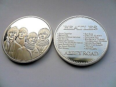 The Beatles Group Image  ABBEY ROAD Silver Plated Coin . Boxed • 4.99£